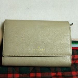 SALE: Kate Spade Leather Bi fold Wallet